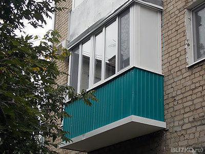 Внешняя обшивка балконов профнастилом: цвет гранат от компан.